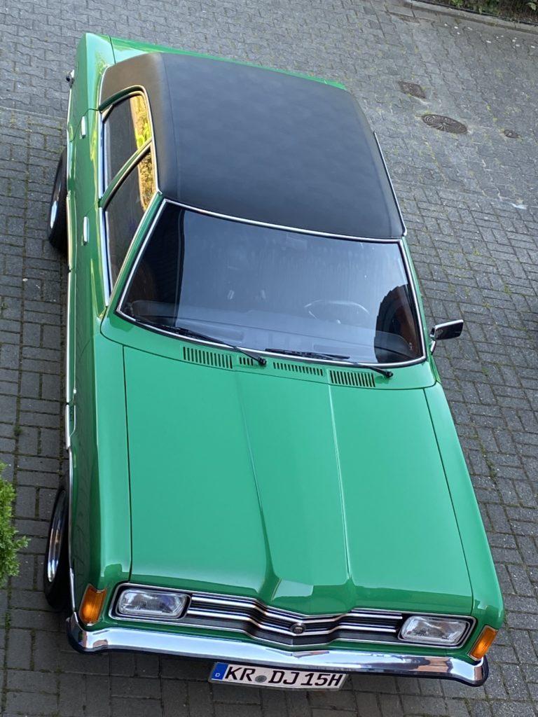 Ford-Taunus-Vinyldach-768x1024.jpg